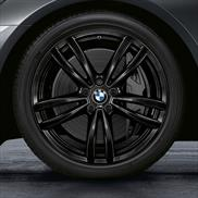 19 Inch Style 647M Black Complete Wheel Set