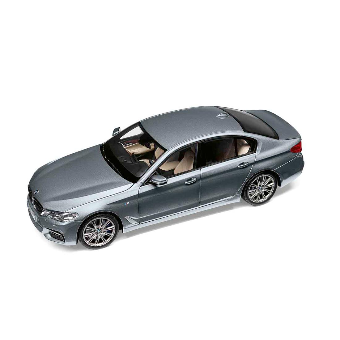 BMW MINIATURE 5 SERIES (G30) 1:18