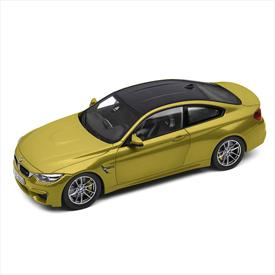 BMW M4 Coupé (F82) Remote Control Miniature